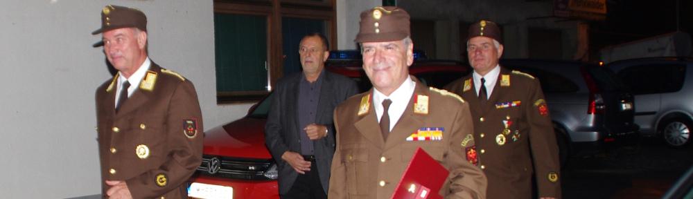 Verdienstkreuz des Landes für Ehrenmitglied OBR Klaus Raffl