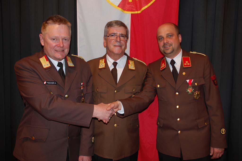 BFK BR Hubert Fischer, Ehrenmitglied BFK a.D. OBR Klaus Raffl, BFK-Stv HBI Stefan Rueland